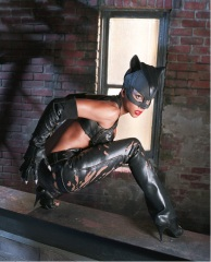 Hale_Berry_Catwoman-05.jpg