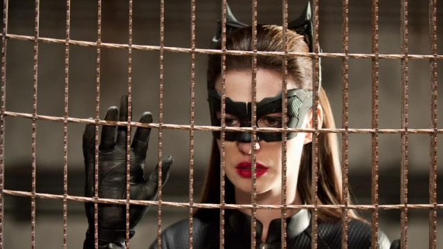 Anne 'Catwoman' Hathaway 5