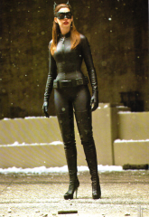 Anne 'Catwoman' Hathaway 3
