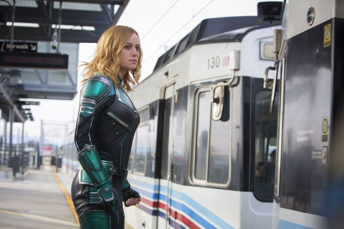 gemma-chan-and-brie-larson-captain-marvel-posters-stills-and-trailers-5.jpg